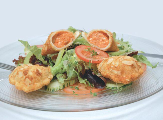 Empanadas auf Salat